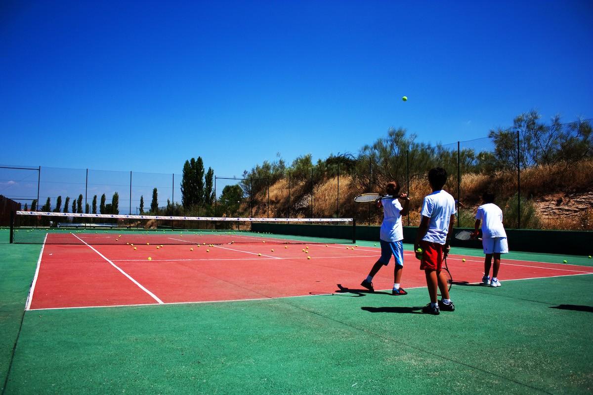 Clases de tenis infantil